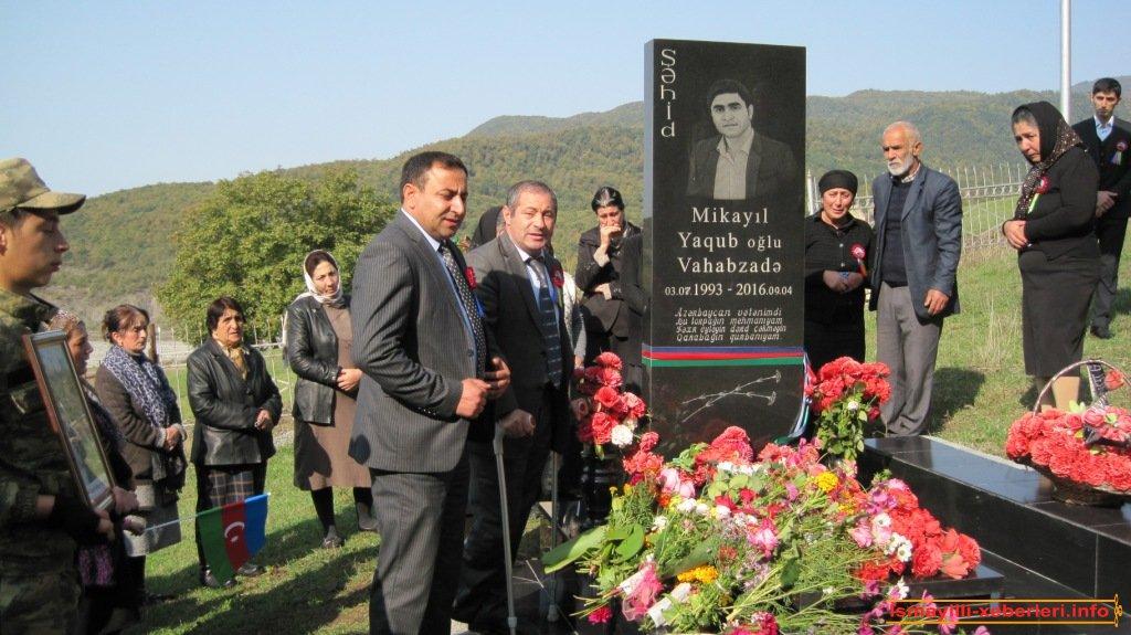 Была посещена могила шехида Микаила Вагабзаде